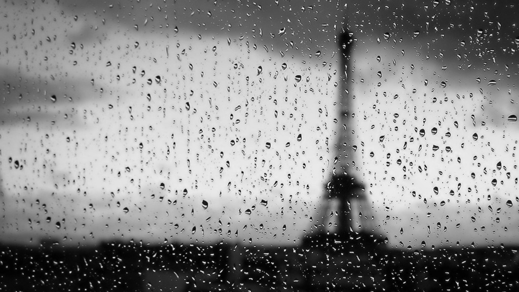 Обои Eiffel Tower Paris Window Water Drops